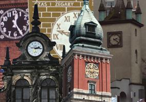 zegary wiezowe